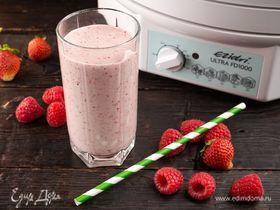 Молочный коктейль с сушеными ягодами