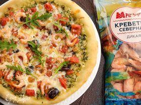 Домашняя пицца с моцареллой и креветками