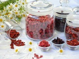Сушеные ягоды: клубника, земляника, вишня, малина