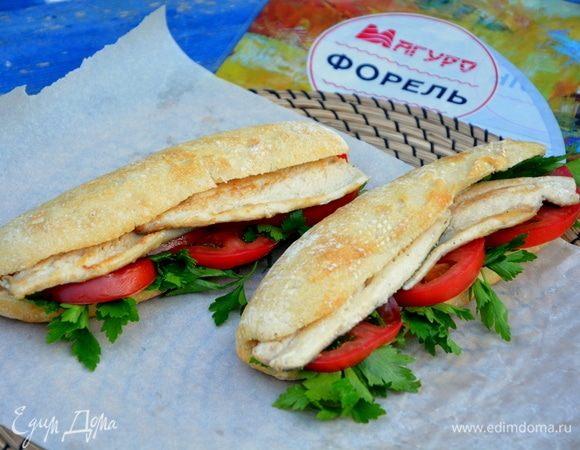 Бутерброд с рыбой (Balik ekmek)