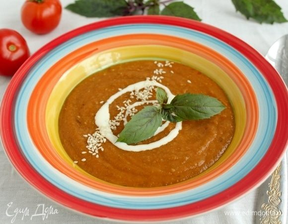 Суп-пюре с баклажаном, томатами и чечевицей
