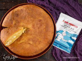 Домашний пирог с капустой, яйцом и сыром