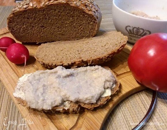 Цельнозерновой хлеб с кабачком и семечками подсолнуха