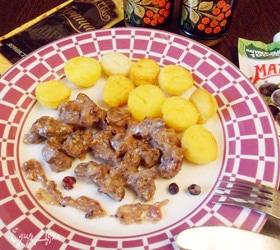 Телячьи почки в соусе из горчицы и джема