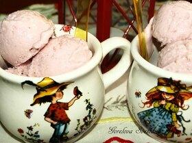 Вишневое творожно-йогуртовое мороженое
