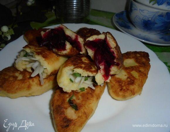 Пирожки из картофеля, жаренные в масле