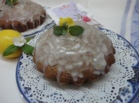 Кекс с бергамотом под лимонной глазурью