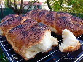 Хлебная косичка с маком