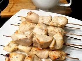 Куриные шашлычки с арахисовым соусом