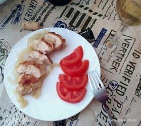 Курица в луково-винном соусе