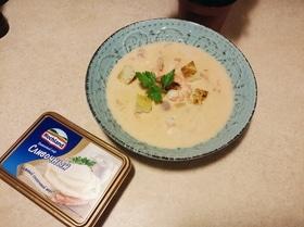 Сырный суп с томатами и креветками