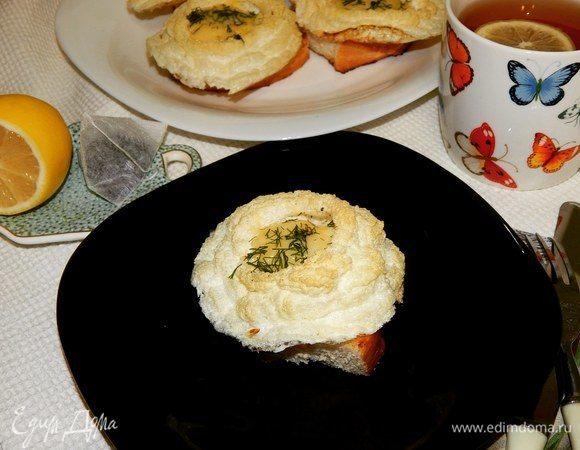 Яйца «Орсини» на гренках