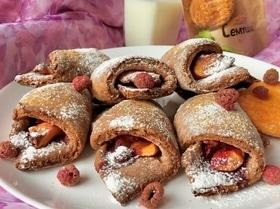 Дважды малиновое печенье с персиком