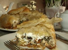 Пирог с курицей, баклажанами и фетой