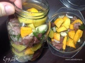 Мясо и овощи, запеченные в собственном соку