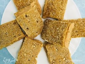 Мини-бутерброды с паштетом из тунца