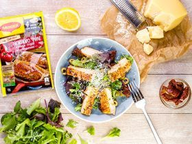 Салат с курицей и горчичной заправкой