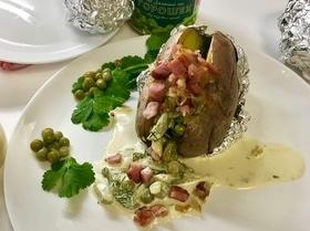 Запеченный в кожуре картофель с начинками