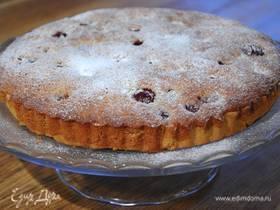 Пирог с орехово-вишневой начинкой