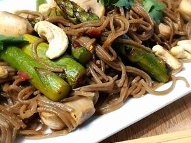 Азиатская соба с овощами