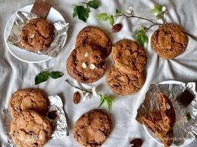 Печенье с шоколадом, ирисками и орехом пекан