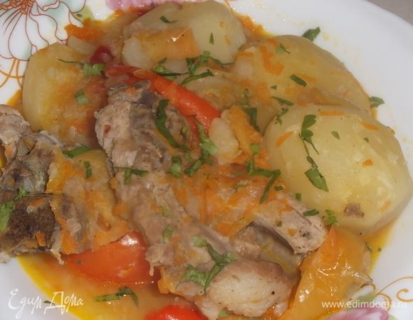 Картофель со свиными ребрами