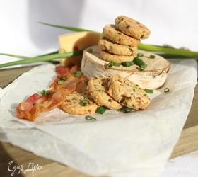 Сырное печенье с беконом и зеленым луком