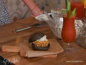 Бургер с котлетой из семги
