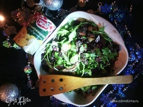Салат из печени с руколой