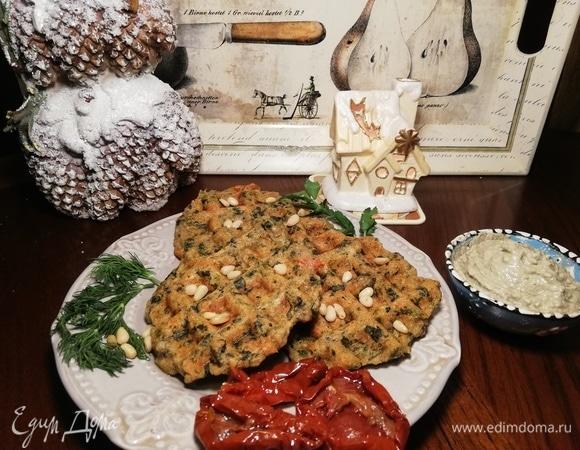 Вафли со шпинатом и вялеными помидорами