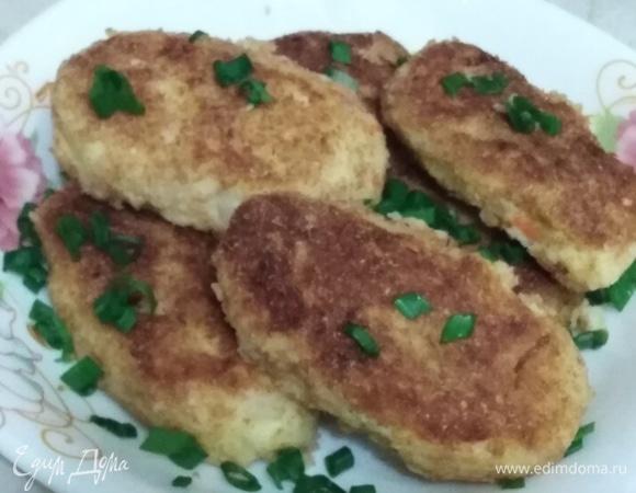 Картофельные котлеты с квашеной капустой