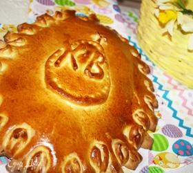 Пасхальная кулебяка с капустой и яйцом
