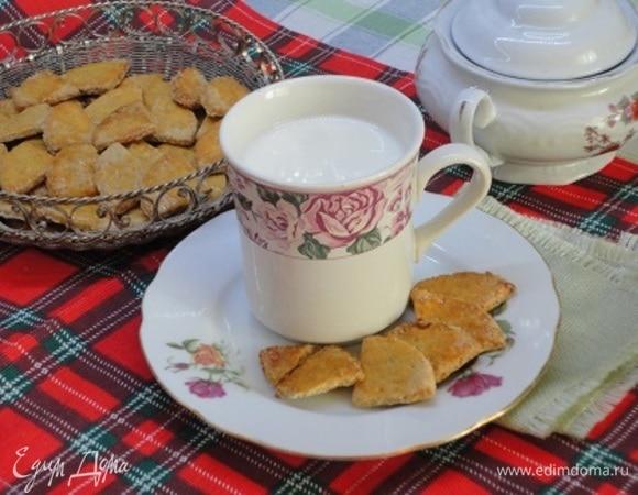 Тонкое печенье из овсяных хлопьев