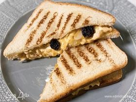 Сэндвич с курицей, карри и чатни манго