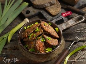 Оладьи печеночные с луком-пореем и плавленым сыром