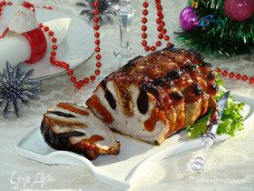 Свинина, запеченная с сухофруктами, под медовой глазурью