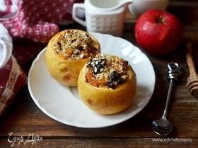 Печеные яблоки с сухофруктами