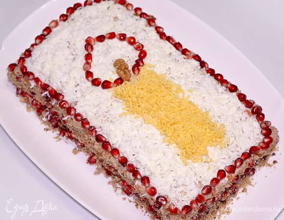 Праздничный рыбный салат «Свеча»