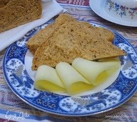 Хлеб с томатами и базиликом