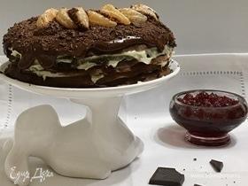 Шоколадный блинный торт с кремом пломбир