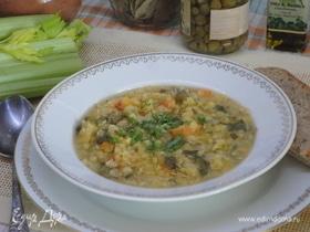 Чечевичный суп с каперсами