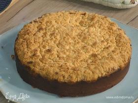 Пирог с клюквой и шоколадом под сливочной корочкой