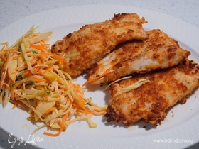 Жареная треска с весенним салатом