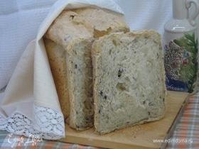 Итальянский хлеб с оливками и жареным луком