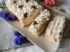 Слоеный торт с творожно-сливочным кремом