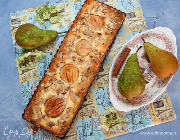 Грушевый тарт с маскарпоне и орехами