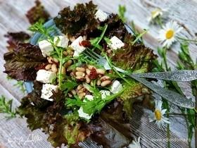 Салат с вялеными помидорами, руколой и фасолью