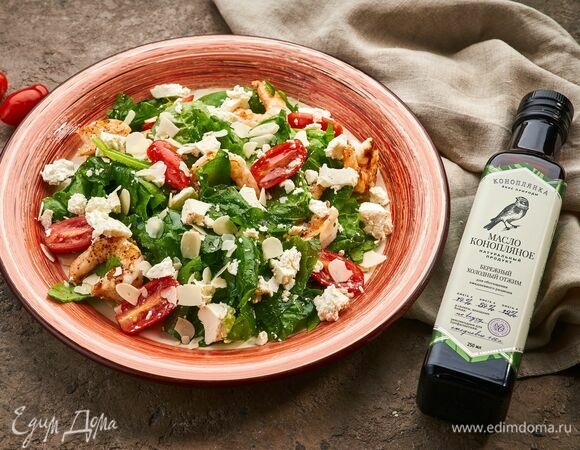 Салат с креветками и шпинатом