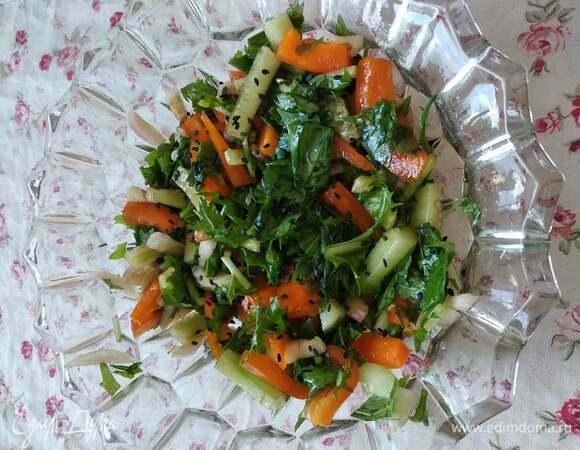 Салат с мизуной в японском стиле