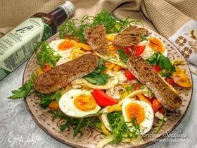 Салат с курицей, овощами и фенхелем
